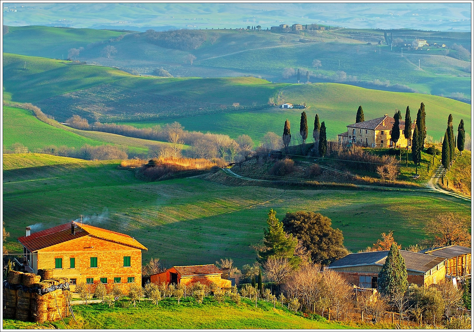 http://privateitalytoursltd.files.wordpress.com/2012/11/tuscany-hills-view.jpg