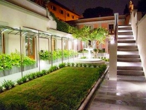 Night View Garden Courtyard Hotel Orto de' Medici