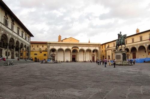 Piazza_Santissima_Annunziata,_Florence