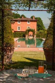 villa-la-flora-view