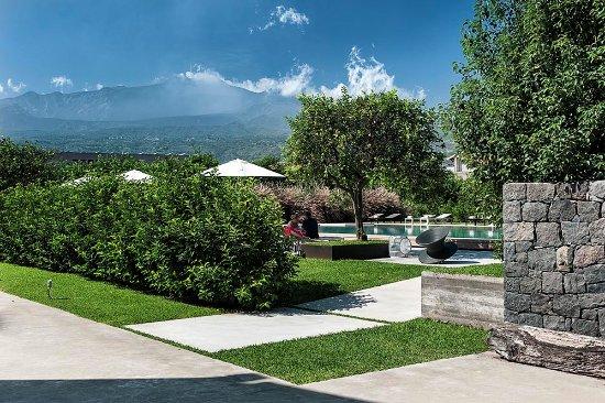 Ramo d'Aria Pool and Etna View